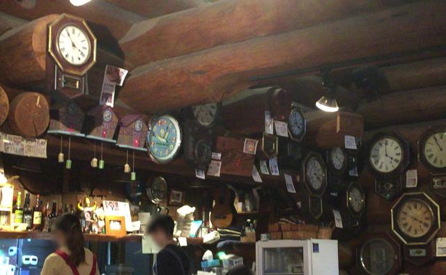 おじいさんの古時計 店内のようす