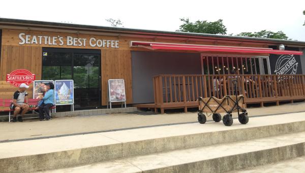 シアトルズベストコーヒー 公園側入り口