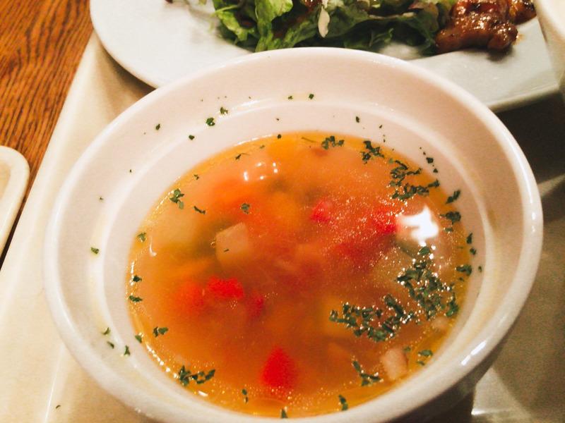 ヴァンガードのランチについているスープ